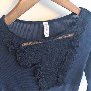 Free People | lace accent fitted ribbed top size S